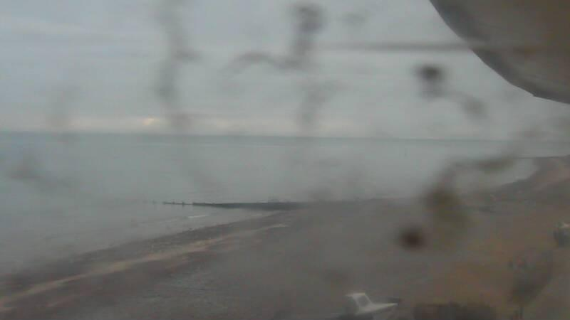 Latest webcam still for East Runton