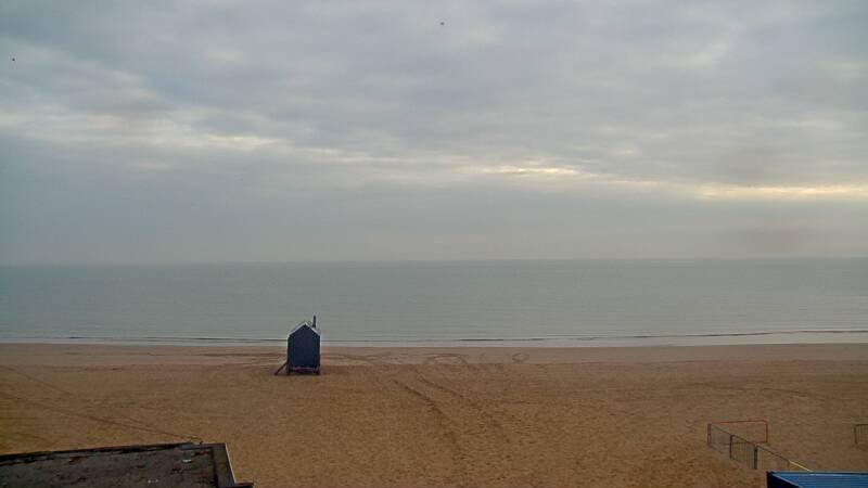 Webcam image from Joss Bay